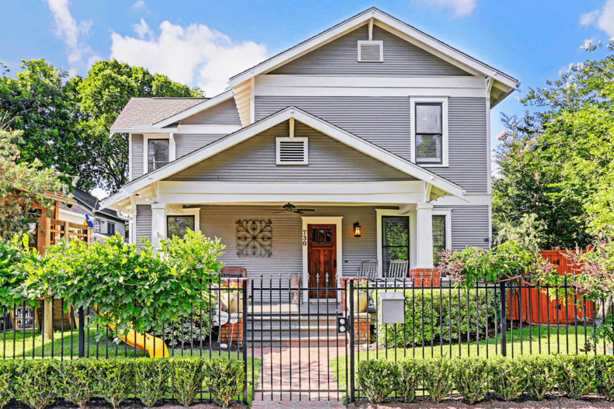 Custom Home in Houston Heights/ Street View
