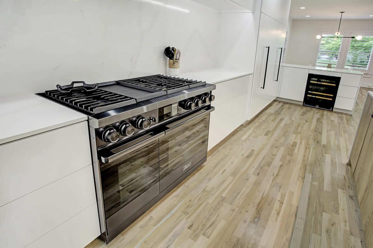 Oxford Street Home Remodel Premium Kitchen Appliances